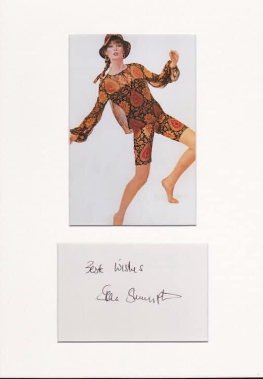 Jean Shrimpton Autograph