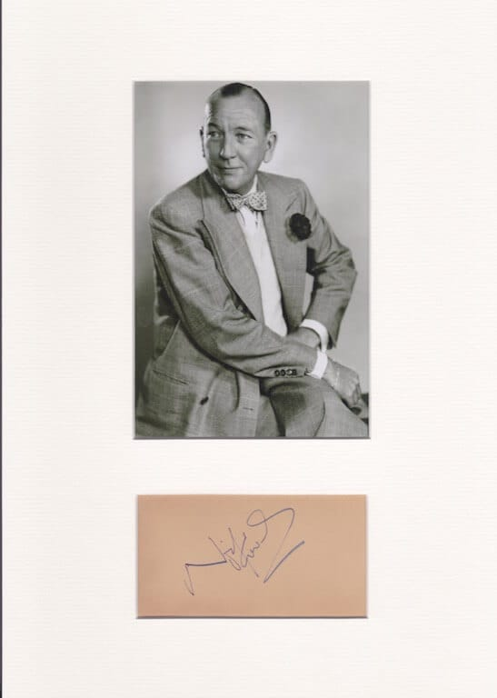 Noel Coward Autograph