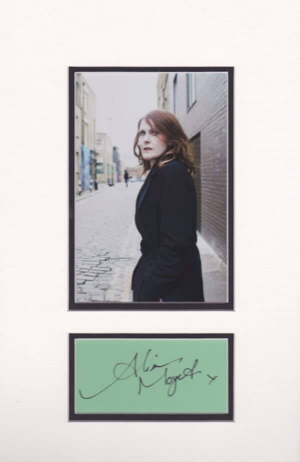 Alison Moyet signed and mounted autograph page