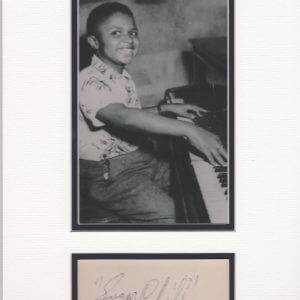 Born in Detroit in 1938, Frank Robinson started playing the piano at a very young age