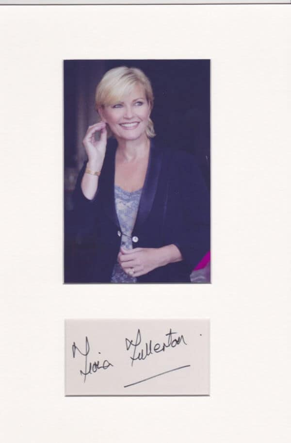 Fiona Fullerton Signed Autograph Page