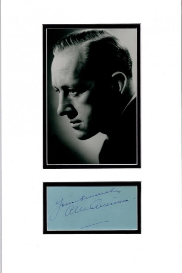 Alec Guinness Mounted Autograph